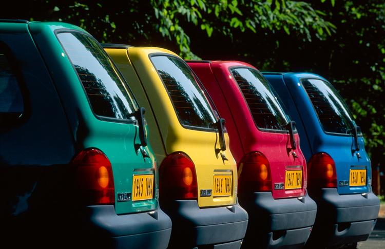 1994年式車型,給人更繽紛俏麗的感覺