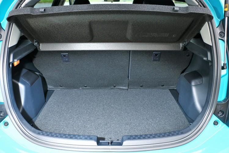 備6/4分離的後座椅設計,讓行李廂的空間更加靈活多用。