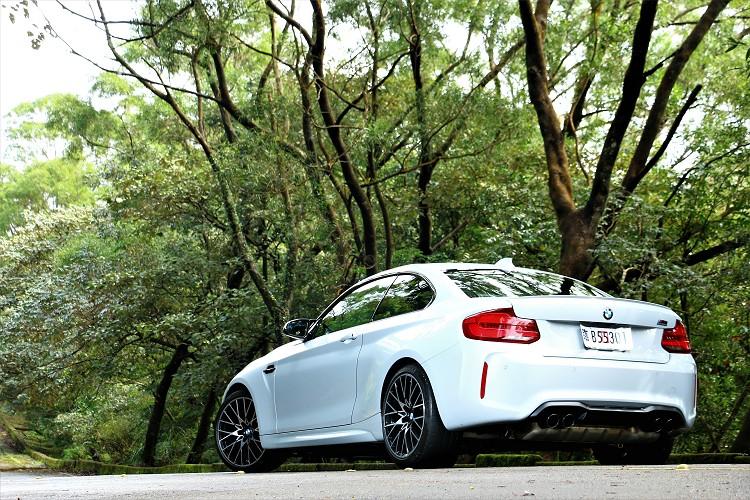 M2 Competition雖然不是動力最大的M Power車款,但它可以說是協調性最好、操駕樂趣最高的性能車。