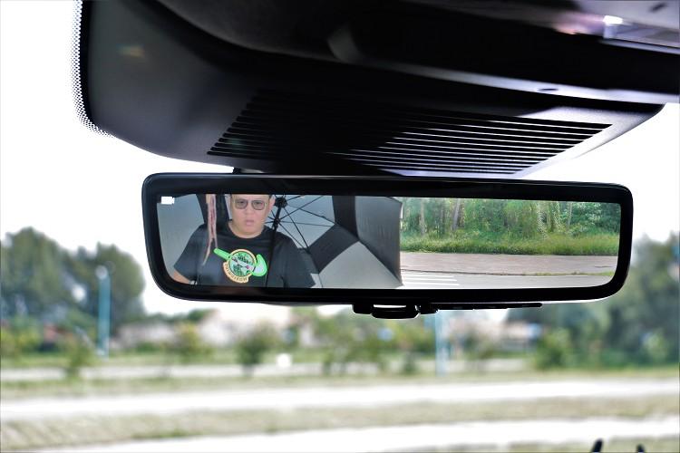 ClearSight是全車系標準配備,使用上需要時間適應。
