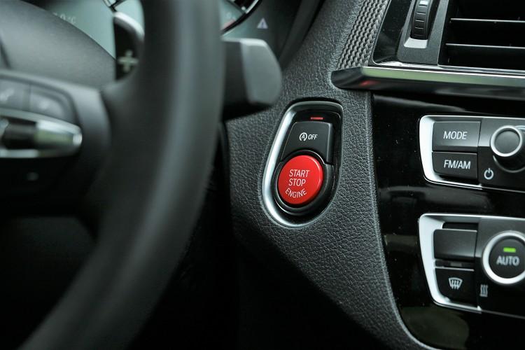 火紅引擎啟動按鈕挑起你的慾望。