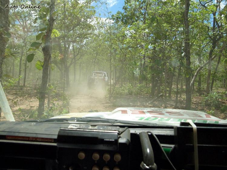 泰國地形多變,第三天的叢林讓大家吃盡苦頭。