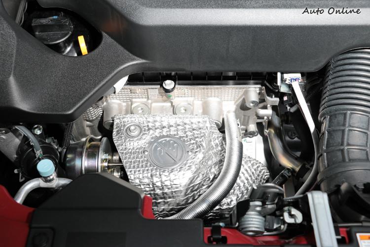 缸內直噴與頭段與本體結合的渦輪管路,低轉速能發揮出最大動力。