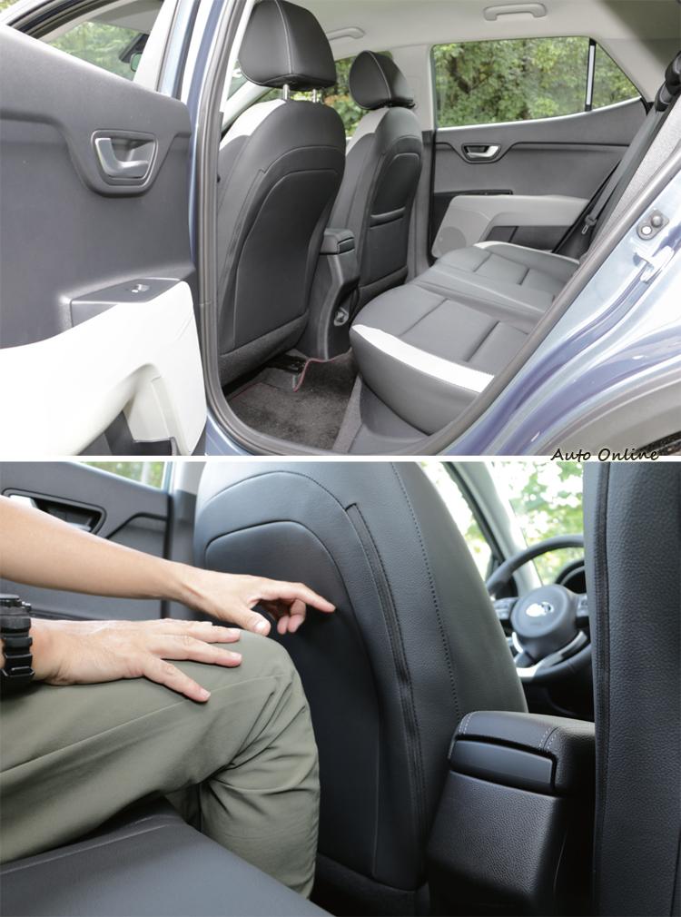 後座腿部空間比預期還要寬裕,而且後窗玻璃還能完全降下。
