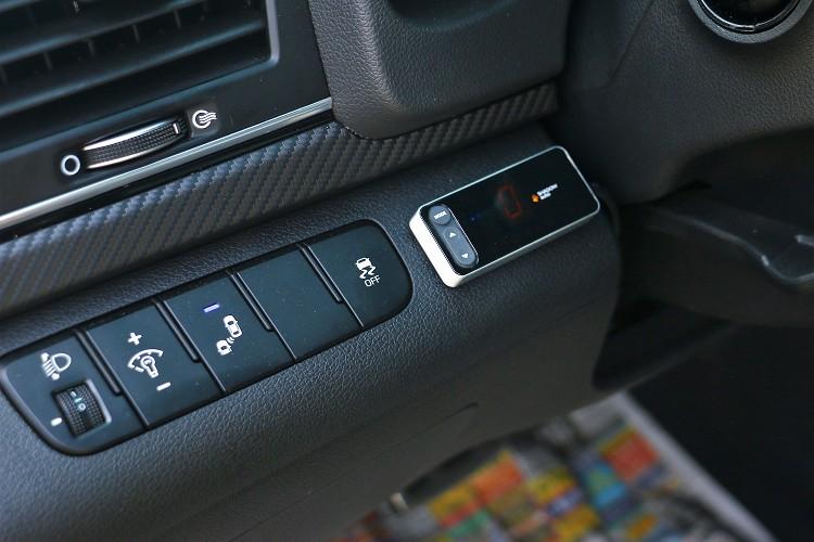 SHADOW auto油門控制器可將油門訊號放大,得到快速的油門反應。