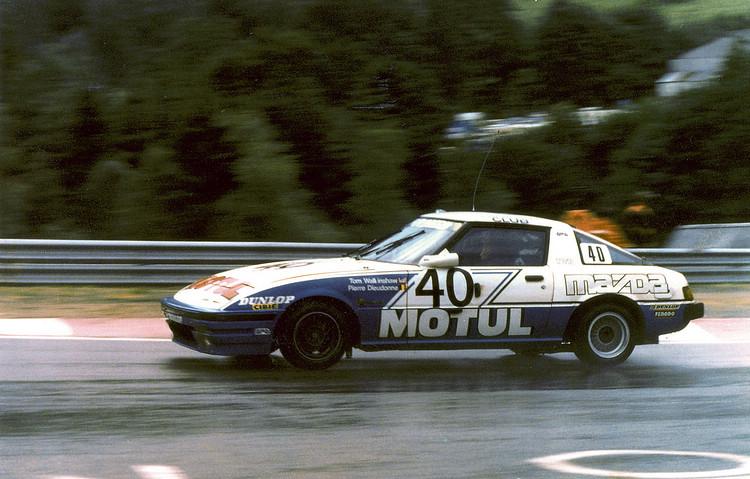由Pierre Dieudonne和Tom Walkinshaw兩位知名車手駕駛的RX-7 12A RE雙轉子引擎賽車,在Spa-Francorchamps 24小時耐久賽中,將兩輛BMW 530is遠遠拋在後面。
