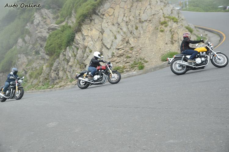 綿密的動力傳遞不需拉轉就能獲得足夠的推力,2千轉就能輕鬆攻上陡坡。