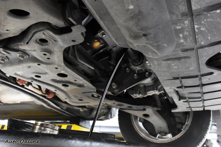引擎奈米鍍膜基礎版主要目的是清除引擎內的汙垢,因此在行駛一千公里後必須進行機油的更換。