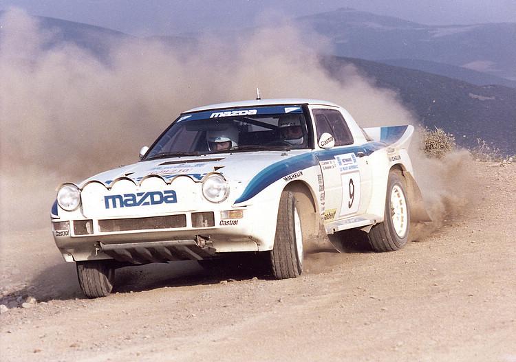80年代瘋狂的WRC B組賽事中,RX-7也沒有缺席,Ingvar Carlson駕駛的這輛賽車還曾在希臘Acropolis拉力大賽中奪下第三名。