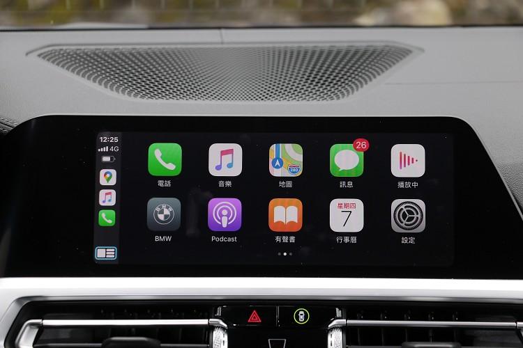 無線連接Apple CarPlay是一項便利配備。