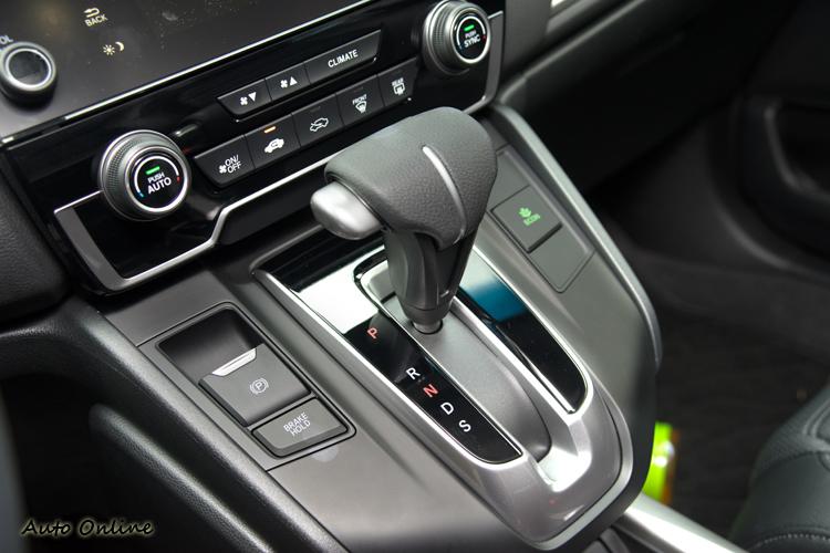 配備CVT變速箱有助油耗,動力反應則較溫和平順。