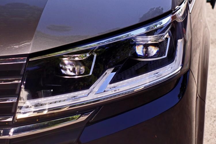 LED大燈內建光感應自動啟閉功能,中高階車型還有自動遠燈輔助的配備。
