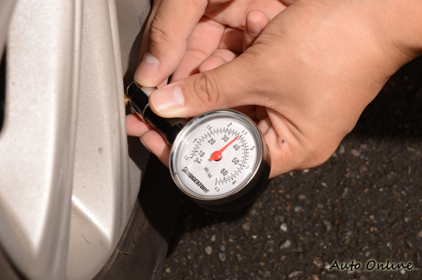 胎壓攸關車輛安全還有油耗,正確的胎壓能讓愛車更省油。