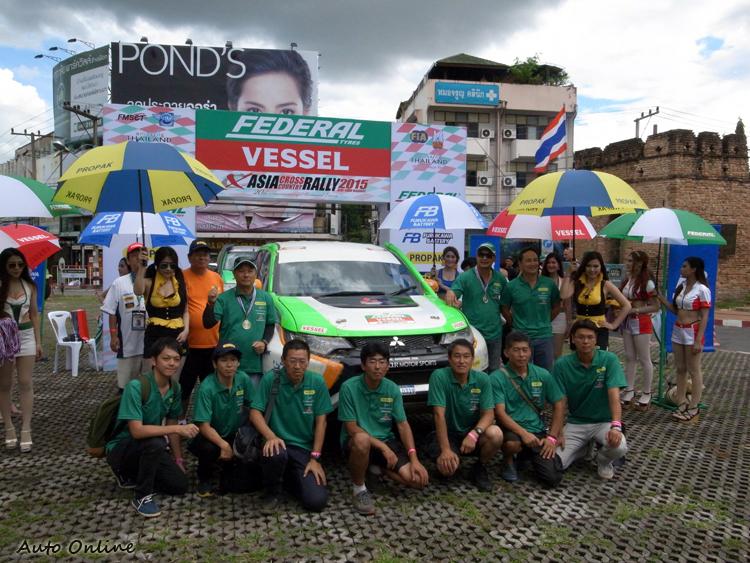 駕駛 Takatsugu AOKI 經驗、技術相當深厚,最後得到T1-E組的冠軍。