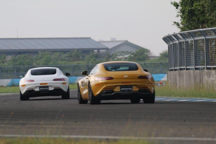 GT與GT S互相追逐的場面,成為賽道跟車項目中最值得一看的畫面。
