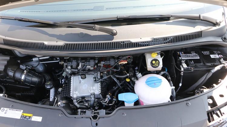 2.0升柴油引擎可輸出199匹馬力及45.6扭力,不用擔心加速超車會拖泥帶水。