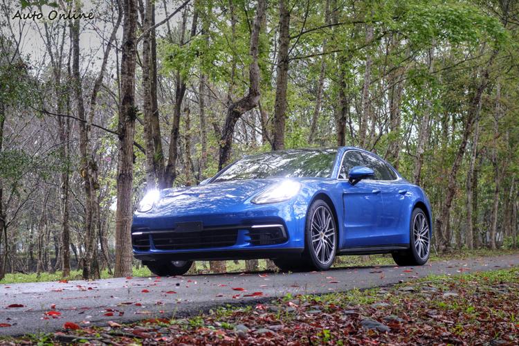 高科技輕量化車身運用更多的鋁合金材質,車身結構也有高強度的特點。