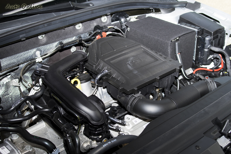 這具1.0 TSI引擎有三種馬力輸出版本,Octavia搭載的是其中最大的115hp版本。