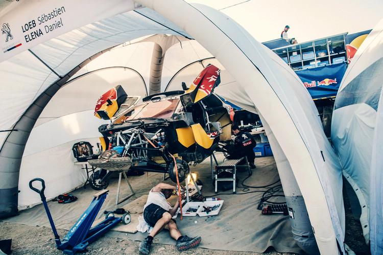 頂尖車隊的搶修時間通常都是分秒必爭,往往只要一次延宕20分鐘的失誤,就可能錯失登上頒獎台的機會。
