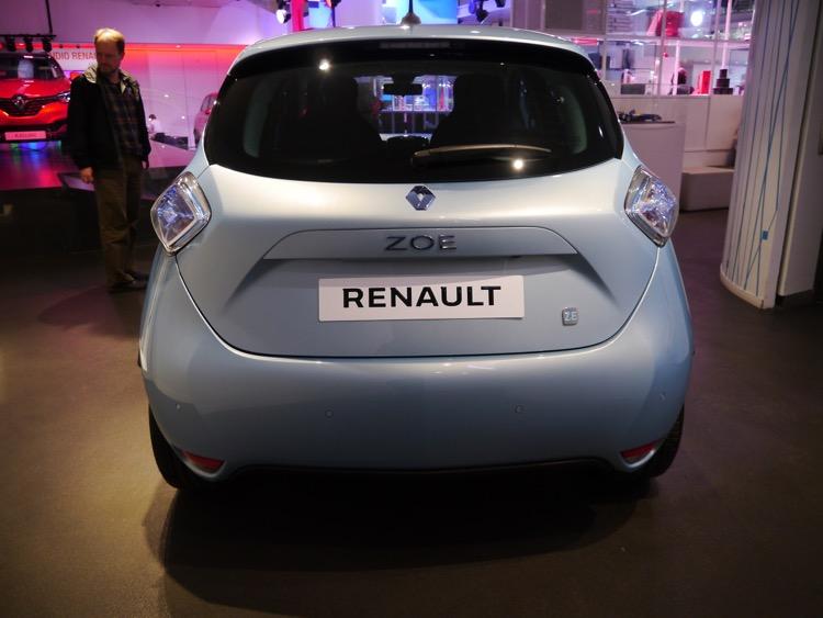 車尾設計堪稱精美的ZOE電動車。