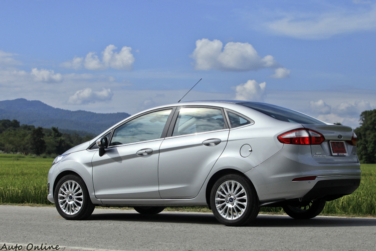 五門New Fiesta修改後的後車尾造型帶有運動風格。