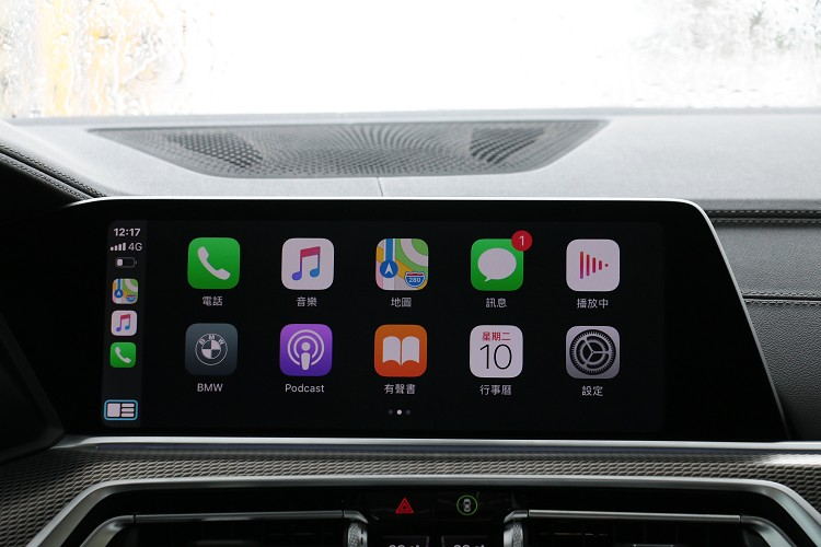 支援無線Apple CarPlay連線,使用起來比有線更方便。