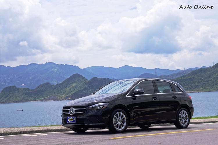 B-Class新造型特色在於更強調流線和動感風格,講究個性的買家還能選購不同風格套件。