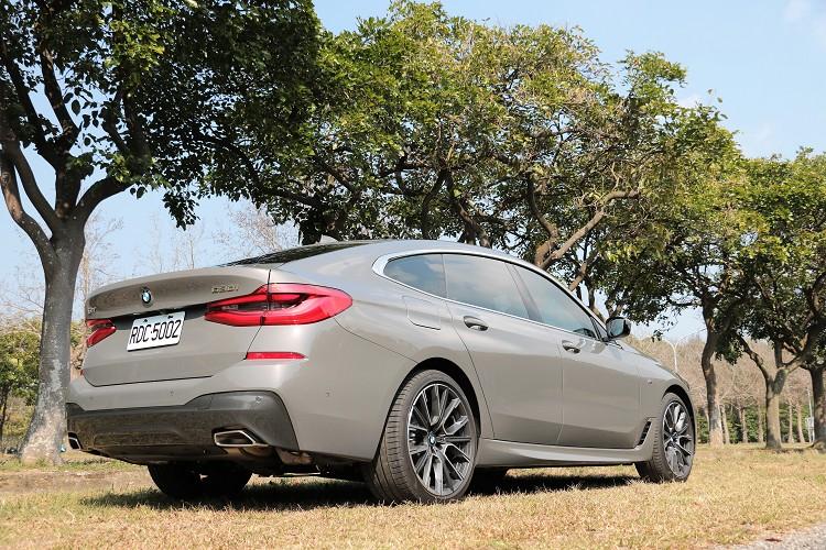 BMW旗下6系列Gran Turismo是一款周邊朋友詢問度很高的車,多數人都會被它使用7系列底盤而吸引。