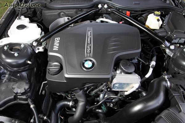 2.0升的渦輪增壓引擎,利用單渦輪雙渦流技術,最大馬力為184hp/5000rpm與最大扭力27.5kgm/1250rpm。