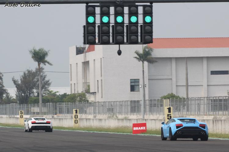 在Lamborghini Taipei的用心下,讓媒體得以在一流的場地盡情試駕一流的車款,這等好氣魄是其他義系超跑品牌所不及的。