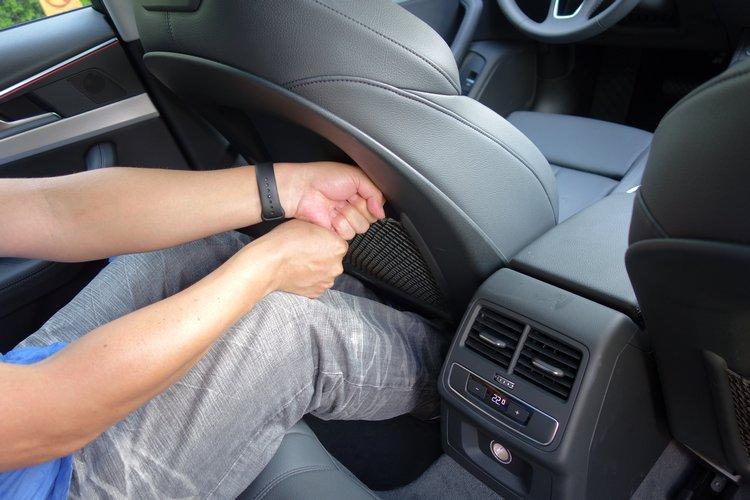 無論前座或後座實際乘坐感受,乘客均能擁有十分充裕的伸展空間。