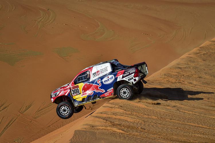 去年冠軍得主Nasser Al-Attiyah駕駛的TOYOTA GAZOO RACING賽車獲得第二名。