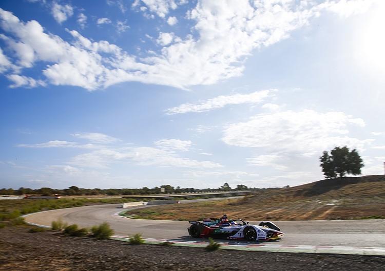 Formula E發展至今,已經跳脫傳統單座方程式賽事的窠臼,與車迷間的互動成為這項賽事最大的優勢。