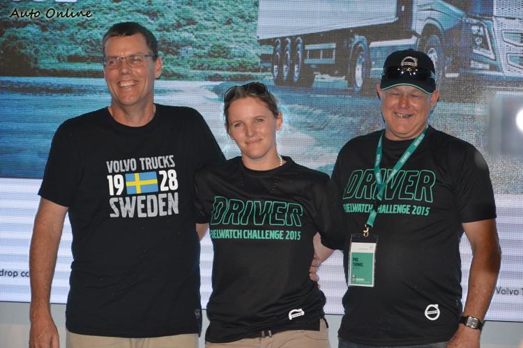 最後晉級決賽的三位選手,來自澳洲與紐西蘭,都是右駕熟手。