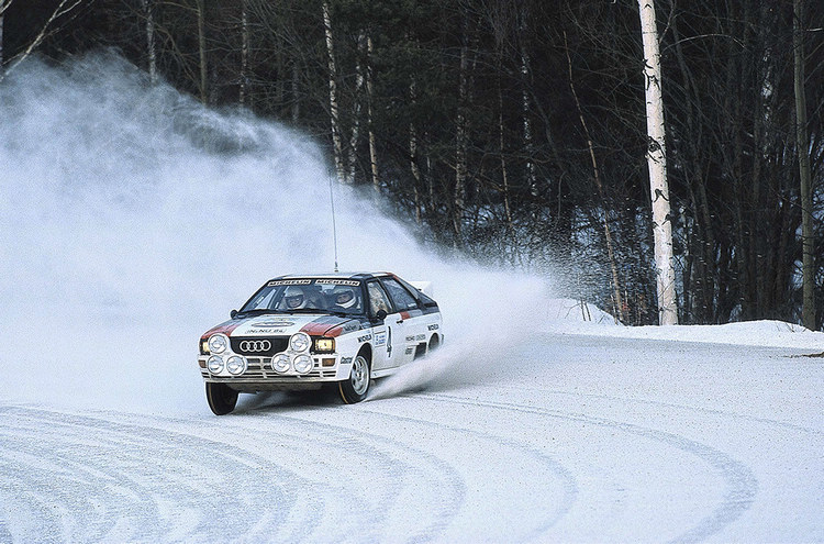 Ur quattro在發表前夕的雪地測試中,以一般輪胎搭配quattro系統,依然穩如泰山。