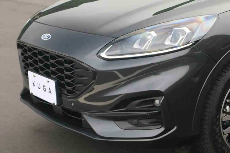 Kuga全新跑格外觀完全顛覆傳統SUV的印象,ST-Line更強化這樣的運動氣息。