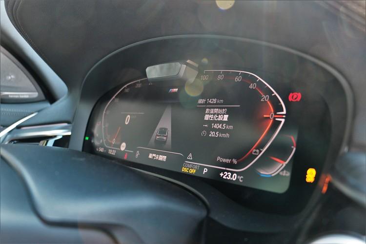 12.3吋虛擬數位儀錶增添車內科技氛圍。