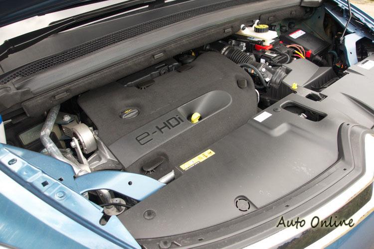 2.0升BlueHDi柴油渦輪引擎動力輸出平順,平均油耗達22.2km/l