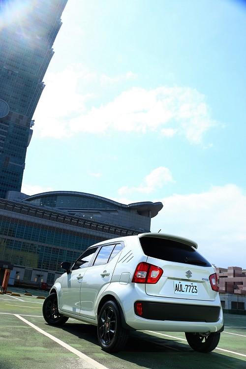 身為重要的都市小車必須擁有幾項聰明絕活,才能在高樓大廈林立的都市中討生活。