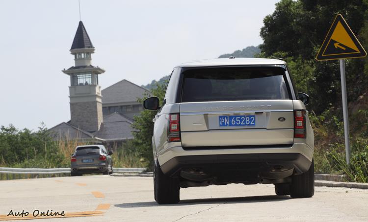 經過全面提昇後,Range Rover市場上已經沒有直接競爭對手,就連價格區間也與Cayenne、Q7、ML等車型有了明顯區隔。