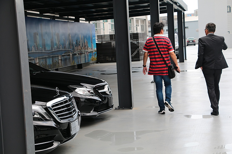 選擇賓士原廠精選中古車購買或出售,可以徹底排除所有疑慮,安心託付愛車。