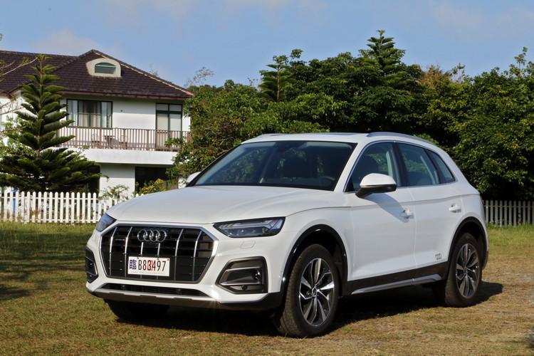 Audi Q5所提供的絕佳舒適與令人安心的駕馭體驗,科技意象的外觀也提高了它的存在感。