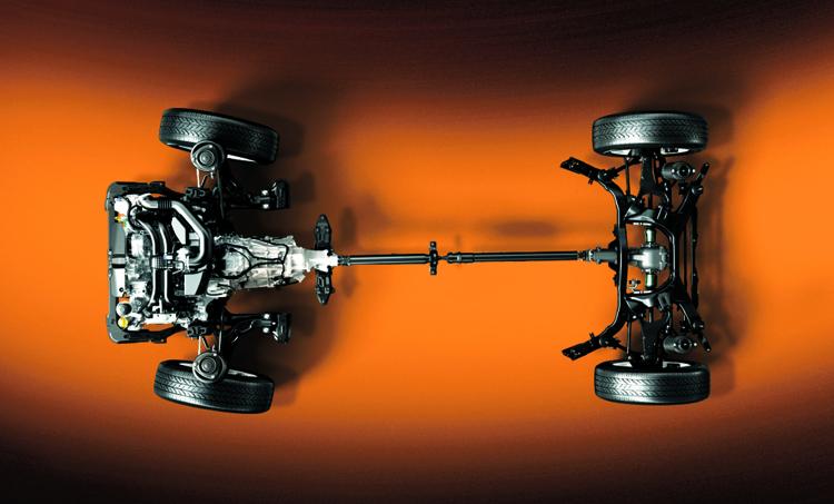SUBARU的招牌之一對稱式四驅系統讓行駛動態更穩定、更安全。