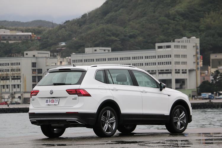 安全滿點,加上德國血統的新世代設計,使得Tiguan Allspace成為七座休旅的熱門新選擇。