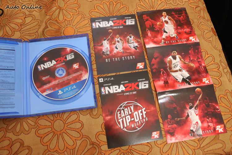 這次NBA2K16的封面人物分別是金州勇士的Stephen Curry、休士頓火箭的James Harden,以及紐奧良鵜鶘的Anthony Davis。