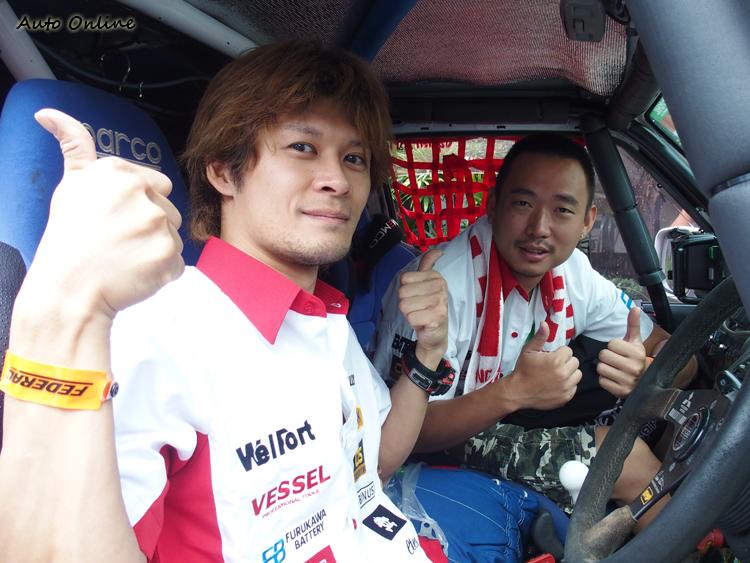 汽車線上編輯Dean Chou今年同樣與駕駛 Michihiro ASAI搭檔出賽。
