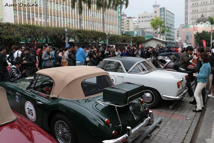 台中州廳是臺中市的一座官署建築,前方廣場成為本次車隊集結地點之一。