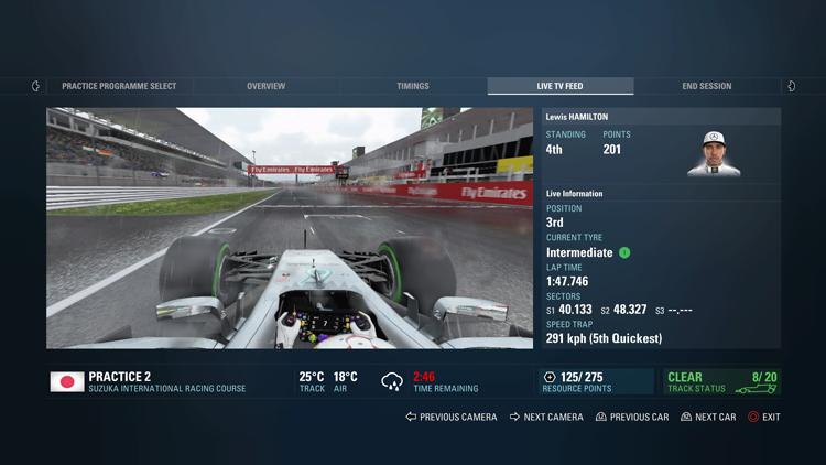 生涯模式無論是練習賽或是排位賽,都可以透過Live TV的畫面看到其他車手的狀況。