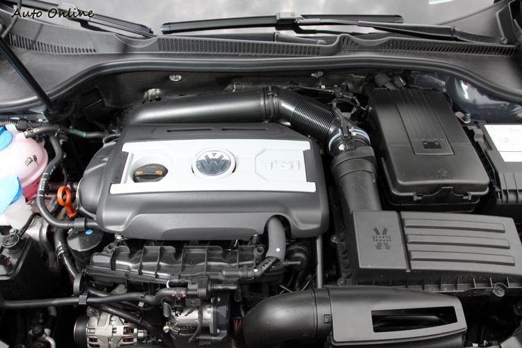 GOLF GTI藉由DSG變速箱來彌補動力不足。