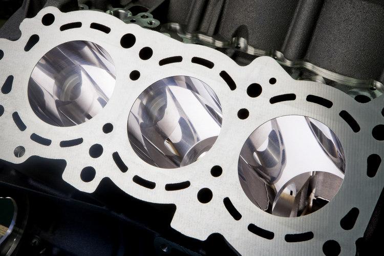 配合既有的奈米缸壁鍍膜技術,更讓新的活塞發揮出更好的節能效率。